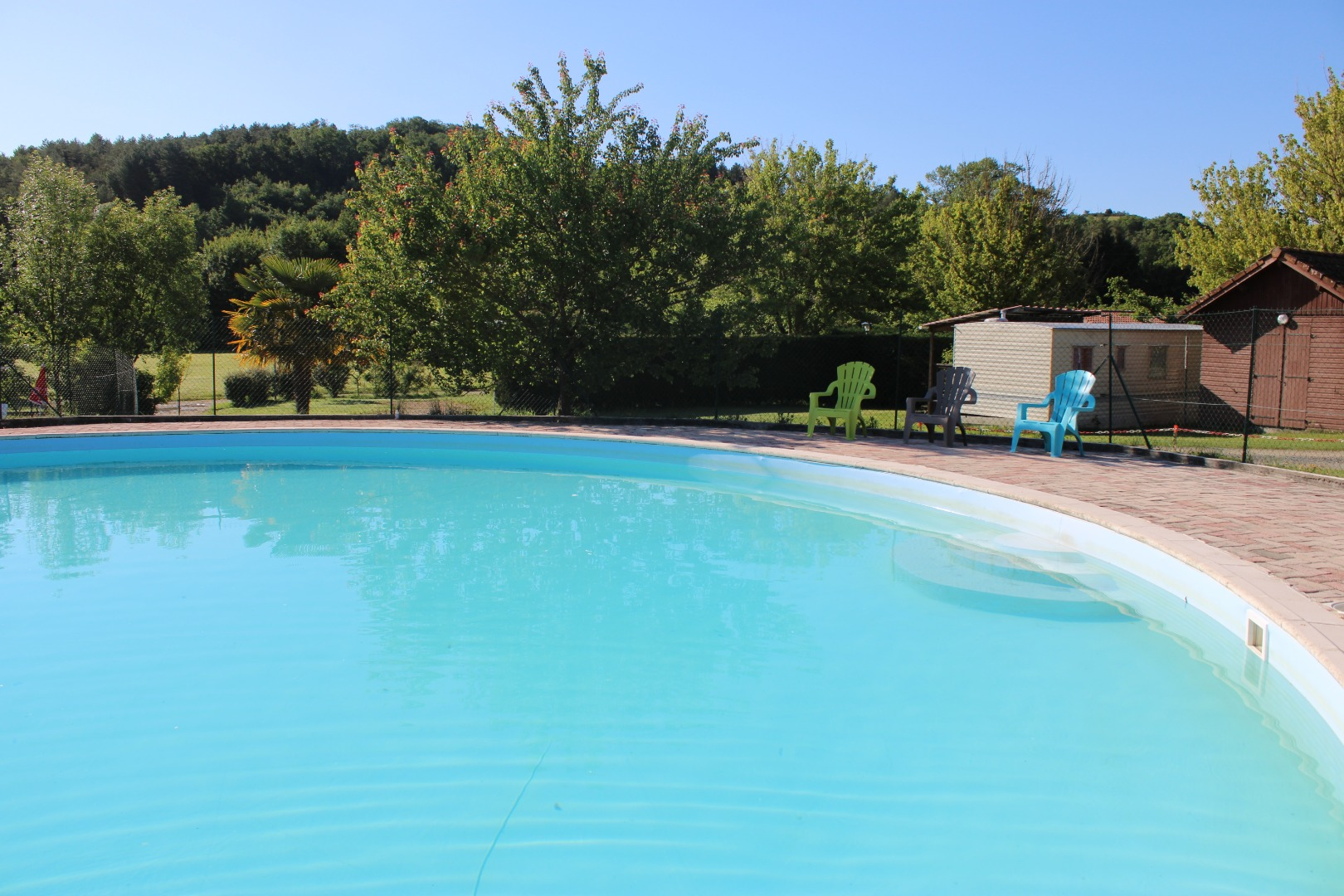 Camping avec grande piscine à Casties-Labrande