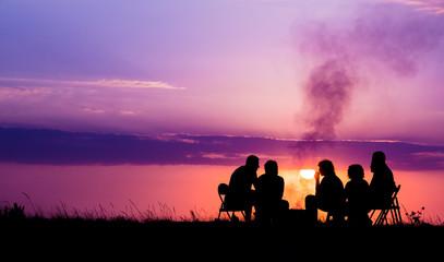Hébergement dans un camping entre campagne et montagne entre amis