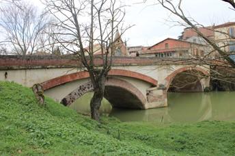 Rieux Volvestre, cité médiévale à proximité du Camping Le Casties